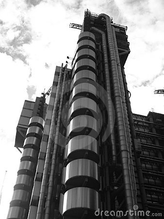 Edificio surrealista 7