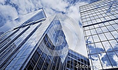 Edificios de oficinas modernos