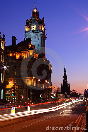 Free Edinburgh At Night Royalty Free Stock Image - 2291016