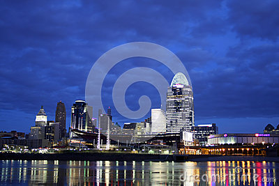 EDITORIAL Cincinnati Just Before Dawn Editorial Stock Image