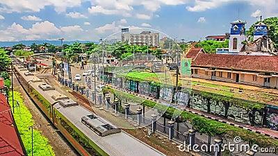 Editorial, lapso de tempo da vista aérea na estação de Yogyakarta, Indonésia filme