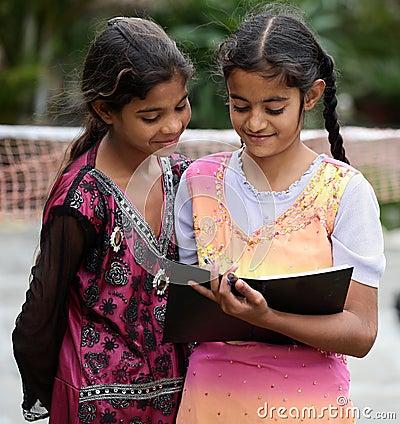 Edukaci dziewczyna