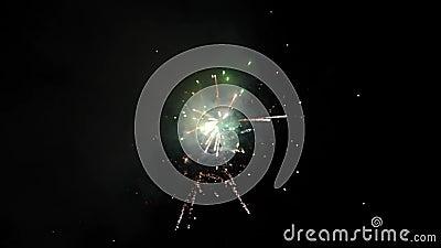 Een deel van vuurwerk toont stock footage