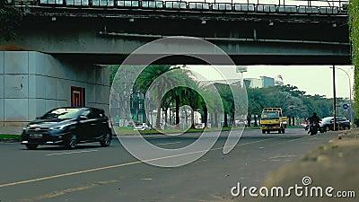 Een Landschap dichtbij Bintaro-jayaverkeerslicht stock videobeelden