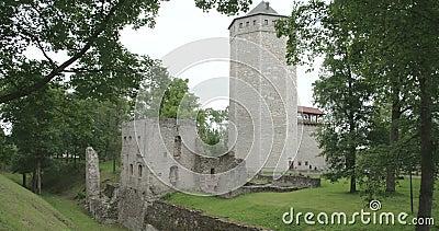 Een oud kasteel van Betaald Estland FS700 4K RUWE Odyssee 7Q stock videobeelden