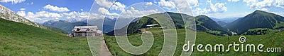 Een panorama van Dolomiti Alpen Italië