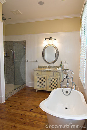 Eenvoudige luxebadkamers