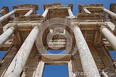 Efes βιβλιοθήκη