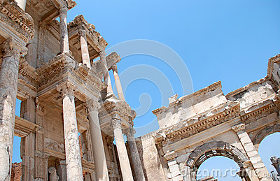 Efesus的摄氏图书馆在伊兹密尔,土耳其附近