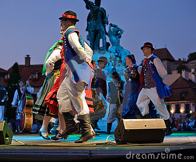 EGER - AUGUST 18: Traditional polish folk dance. Editorial Stock Photo