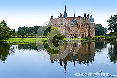 Egeskov castle lake