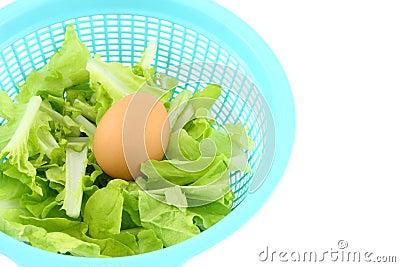 Egg on vegetable basket