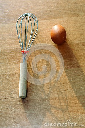 Egg and whisk