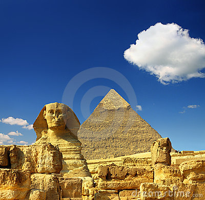 Free Egypt Cheops Pyramid And Sphinx Royalty Free Stock Photos - 19415868