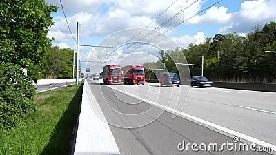 EHighway na estrada alem?o A5 entre Langen e Weiterstadt filme