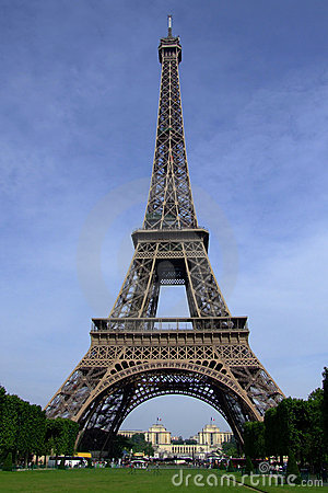 Free Eiffel Tower 01 Royalty Free Stock Photo - 2712525
