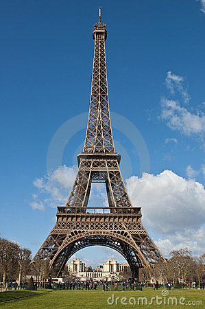 Free Eiffel Tower Royalty Free Stock Images - 23919629