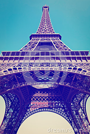 Free Eiffel Tower Royalty Free Stock Photography - 40513017