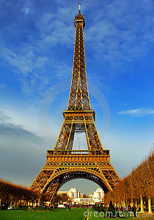 Eiffel Tower at daylight - Paris