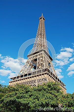 Eiffel Tower with EU symbol