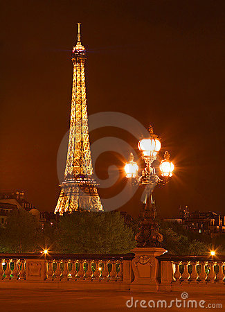 The Eiffel tower at night Editorial Image