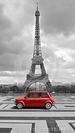 Free Eiffel Tower With Car. Black And White Photo With Red Element. Royalty Free Stock Photos - 43974698