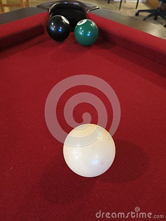 Eight Ball Tough Shot -- The 8 ball blocks the hole