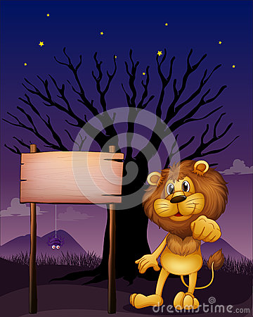 Ein Löwe und das hölzerne Schild in einer dunklen Nachbarschaft