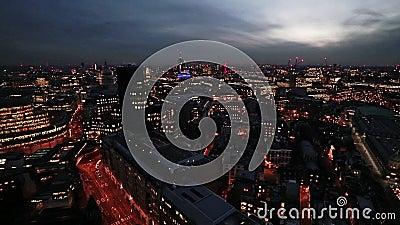 Einbruch der Nacht über London