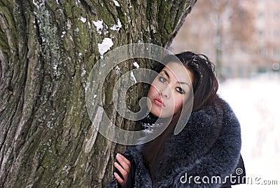 Einsame junge Frau