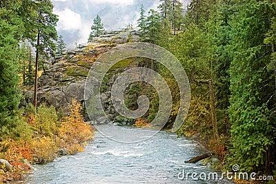 Eiszapfen-Nebenfluss Leavenworth Washington