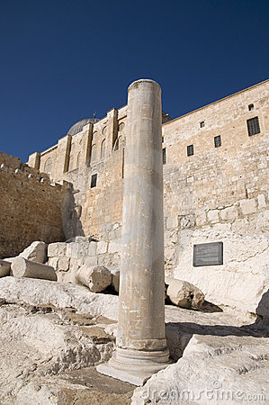 El-Aksah mosque and western wall