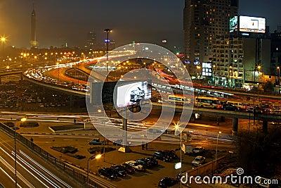 El Cairo en la noche Foto de archivo editorial