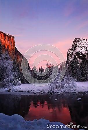 Free El Capitan In Winter Stock Photos - 16039853