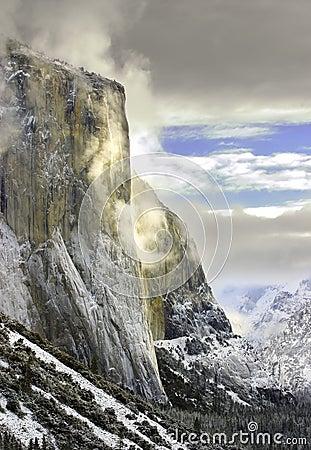 Free El Capitan, Yosemite National Stock Images - 2428994