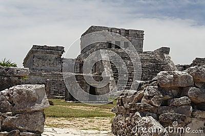 El Castillo de Tulum Facade