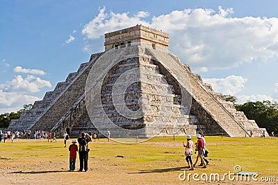 El Castillo pyramid at the Maya archaeological sit Editorial Photography