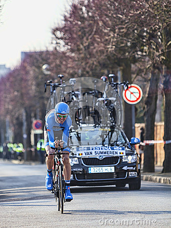 El ciclista Van summeren el prólogo 2013 de Johan París Niza en Houi Foto editorial