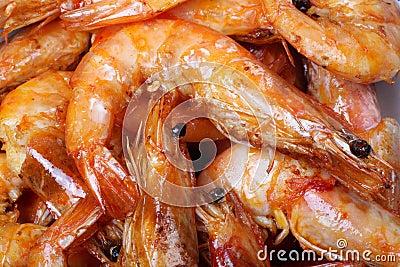 El cocinar del camarón