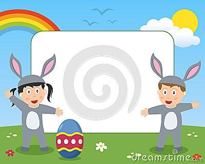 El conejito de pascua embroma el marco de la foto