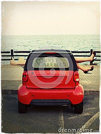 El estacionar por el mar