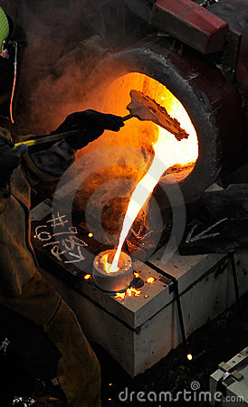 El hierro vierte - el bloqueo de la escoria