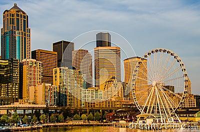 El horizonte de Seattle Imagen de archivo editorial