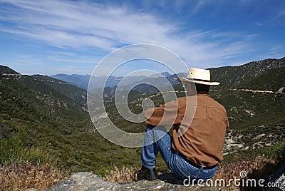 El Meditating del hombre o pensamiento solo