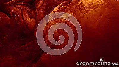 El movimiento de flujo de combustible desata una mezcla de vapor naranja rojo almacen de metraje de vídeo