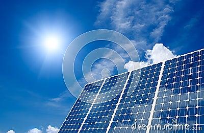 El panel solar y sol