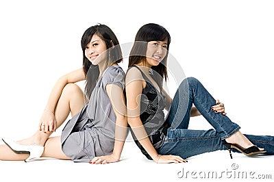 El sentarse de las hermanas