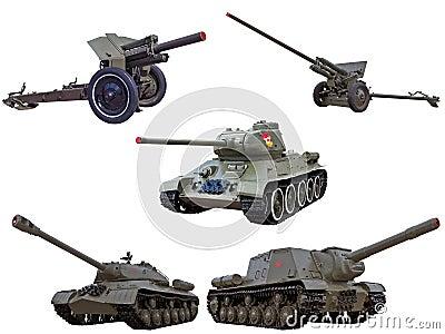 El soviet rojo del ejército de la guerra mundial hace fuego sobre los tanques de los cañones