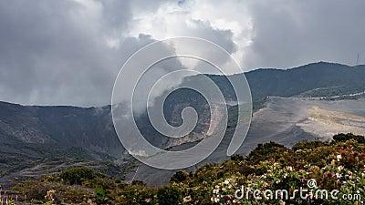 El volcán activo más alto Costa Rica Time Lapse, 4k de Irazu almacen de video
