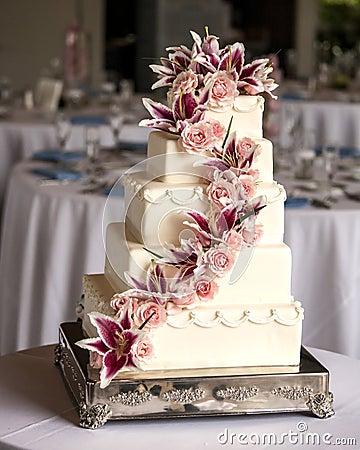 Elaborate five tiered wedding cake